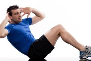 腰痛を改善するためには腹筋・背...